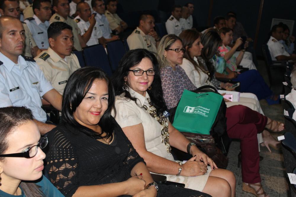 Palma Real UTB a Escuela Naval de Cadetes Almirante Padilla en sus 80 años de fundada
