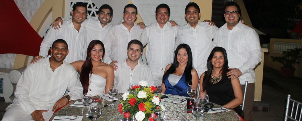 Cena de fin de año con egresados UTB