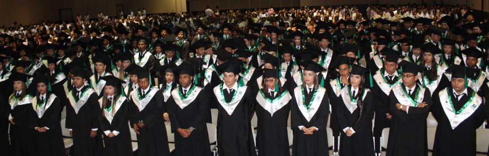 UTB graduó su promoción No 64