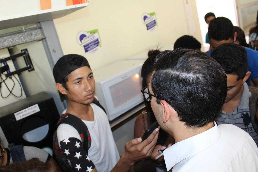 Los estudiantes de la UTB están muy bien dateados: Alcalde Sergio Londoño
