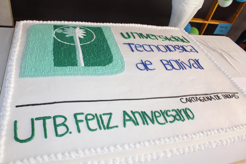 Todos celebraron los 47 años de la primera clase en la UTB