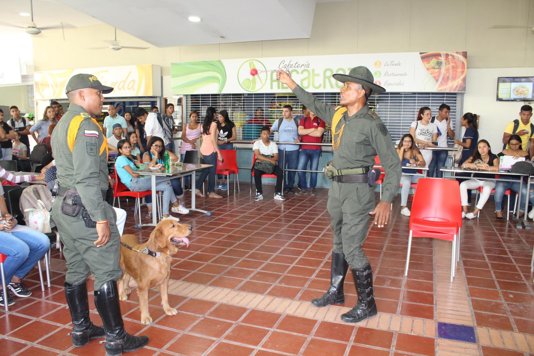 Policía Nacional realiza operativos educativos en la UTB