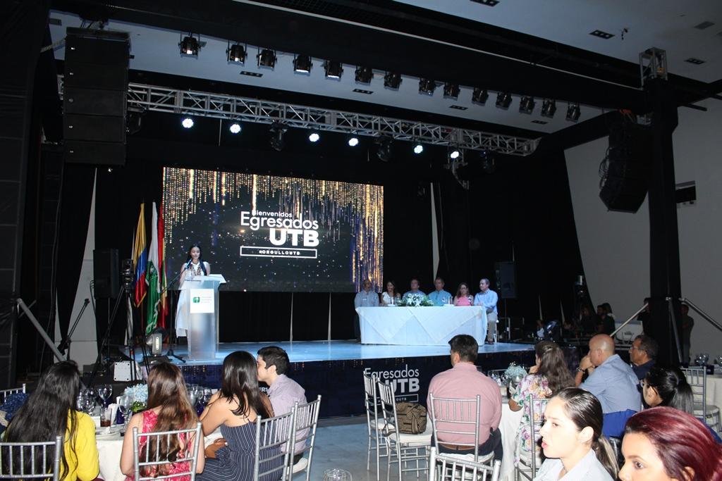 Emotivo reencuentro de la UTB con sus egresados