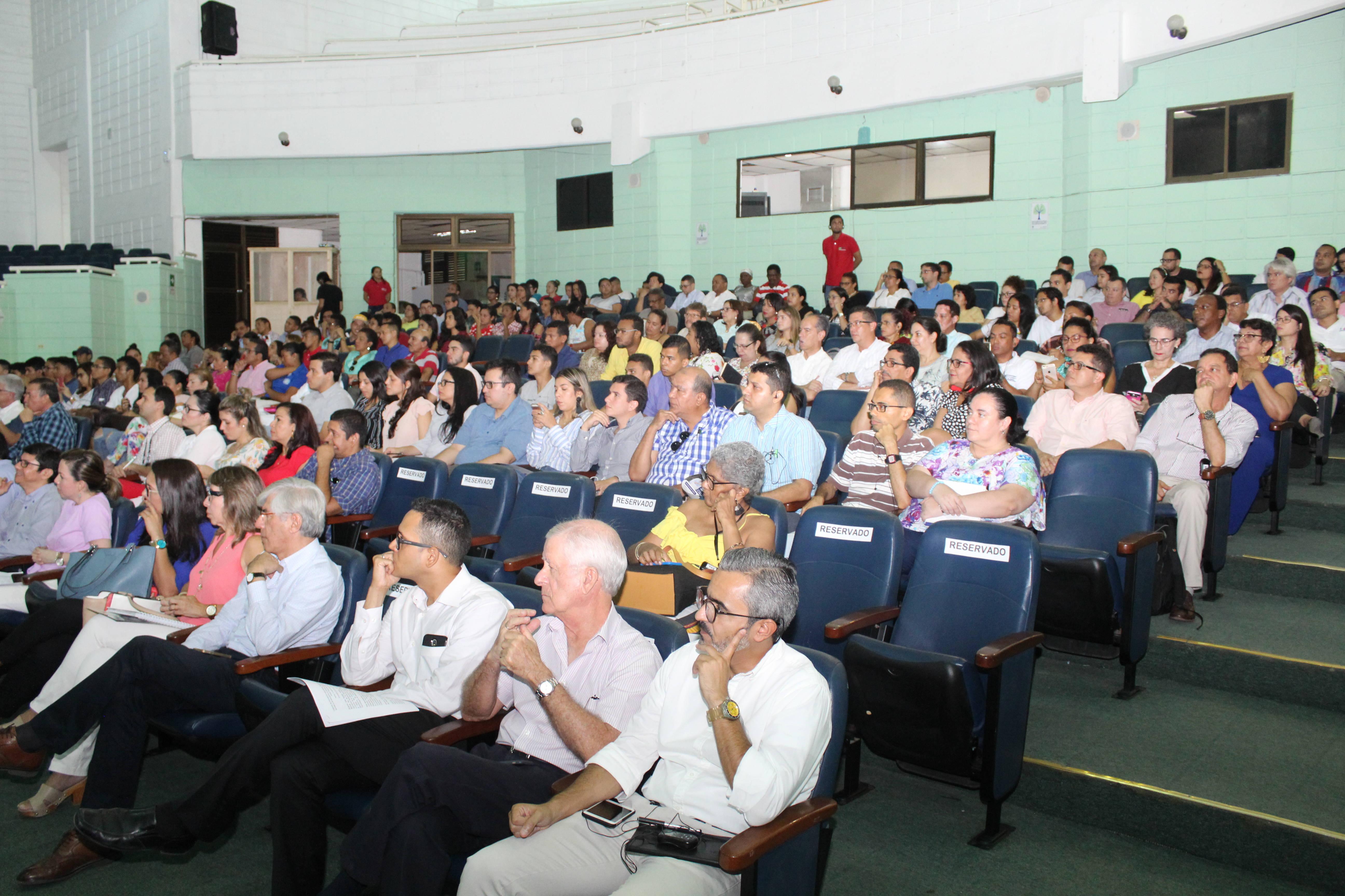 """""""Necesitamos profesores con habilidades en todas las ciencias, en todos los campos"""": Vijay Kumar"""