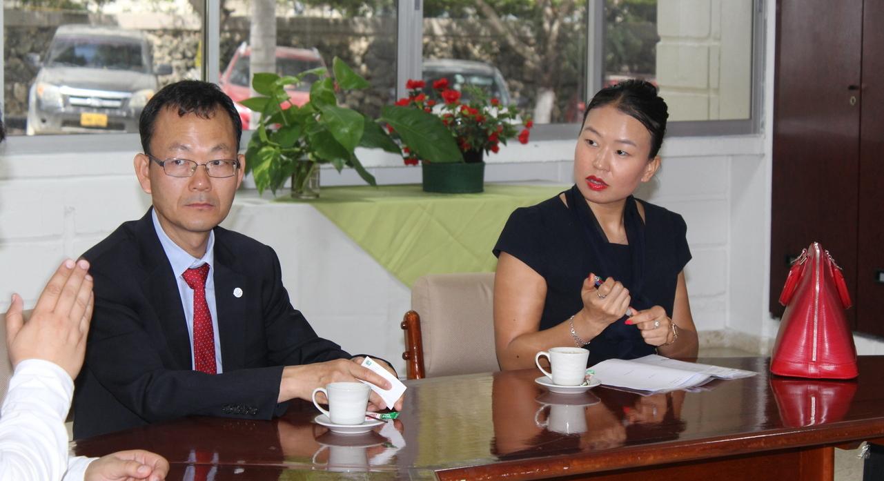 Positivo balance de visita de Ministro de la Misión Diplomática de Corea del Sur Shim Jae Hyun, a la UTB